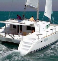 Catamaran 200€
