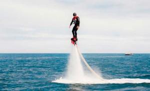 Eventura-Despedidas-soltero-en-Gijón-Asturias-actividades-agua-flyboard-5