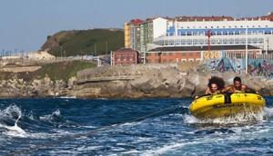 Eventura-Despedidas-soltero-en-Gijón-Asturias-actividades-agua-arrastrables-1