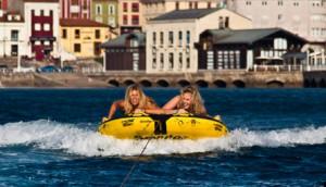 Eventura-Despedidas-soltero-en-Gijón-Asturias-actividades-agua-arrastrables-5