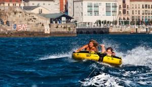 Eventura-Despedidas-soltero-en-Gijón-Asturias-actividades-agua-arrastrables-6
