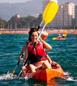 Eventura-Despedidas-soltero-en-Gijón-Asturias-actividades-agua-kayak-7