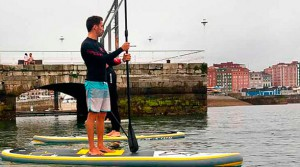 Eventura-Despedidas-soltero-en-Gijón-Asturias-actividades-agua-paddlesurf-3
