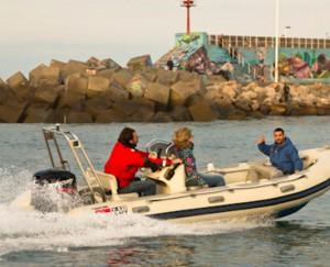 Eventura-Despedidas-soltero-en-Gijón-Asturias-actividades-agua-titulin-licencia-navegacion-2