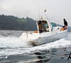 Eventura-Despedidas-soltero-en-Gijón-Asturias-actividades-agua-titulin-licencia-navegacion-7