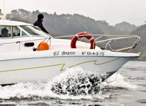 Eventura-Despedidas-soltero-en-Gijón-Asturias-actividades-agua-titulin-licencia-navegacion-8