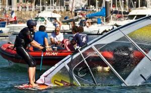 Eventura-Despedidas-soltero-en-Gijón-Asturias-actividades-agua-windsurf-2