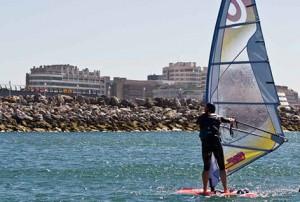 Eventura-Despedidas-soltero-en-Gijón-Asturias-actividades-agua-windsurf-6