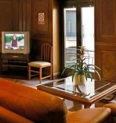 Hotel en Plaza del Ángel 23€